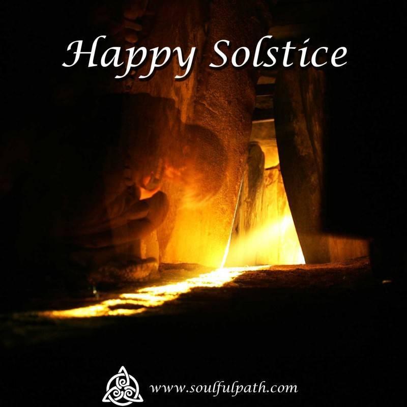 happy-solstice-1500-x-1500-med